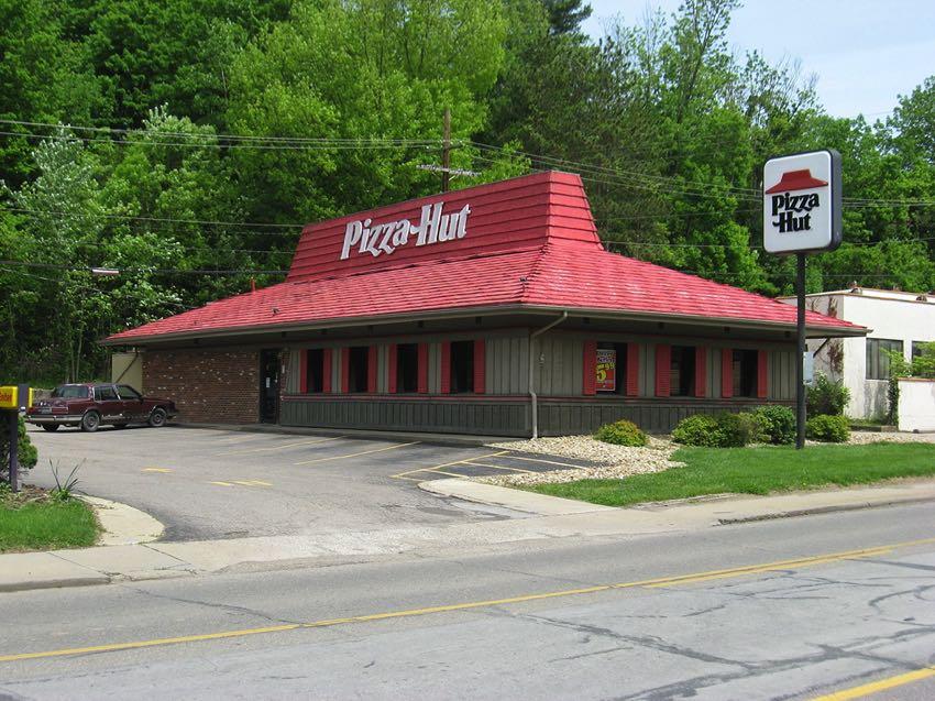 Pizza Hut in Athens, Ohio (USA)
